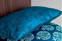 coussin EMPIRE bleu paon - BLANC DES VOSGES