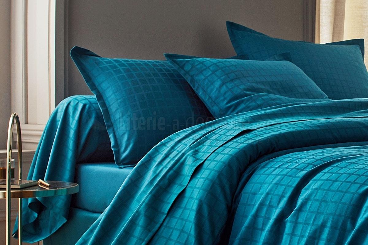 linge de lit satin palace bleu paon blanc des vosges. Black Bedroom Furniture Sets. Home Design Ideas