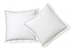 taie d'oreiller en coton bio BIRKA blanc avec passepoil...