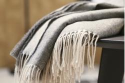 plaid PEROU gris - BLANC DES VOSGES